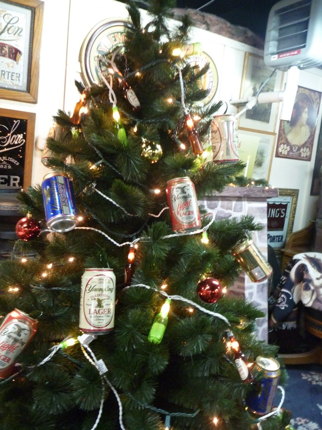 This is definitely what we're doing to our tree this year.