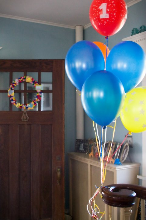 circus birthday party decorations