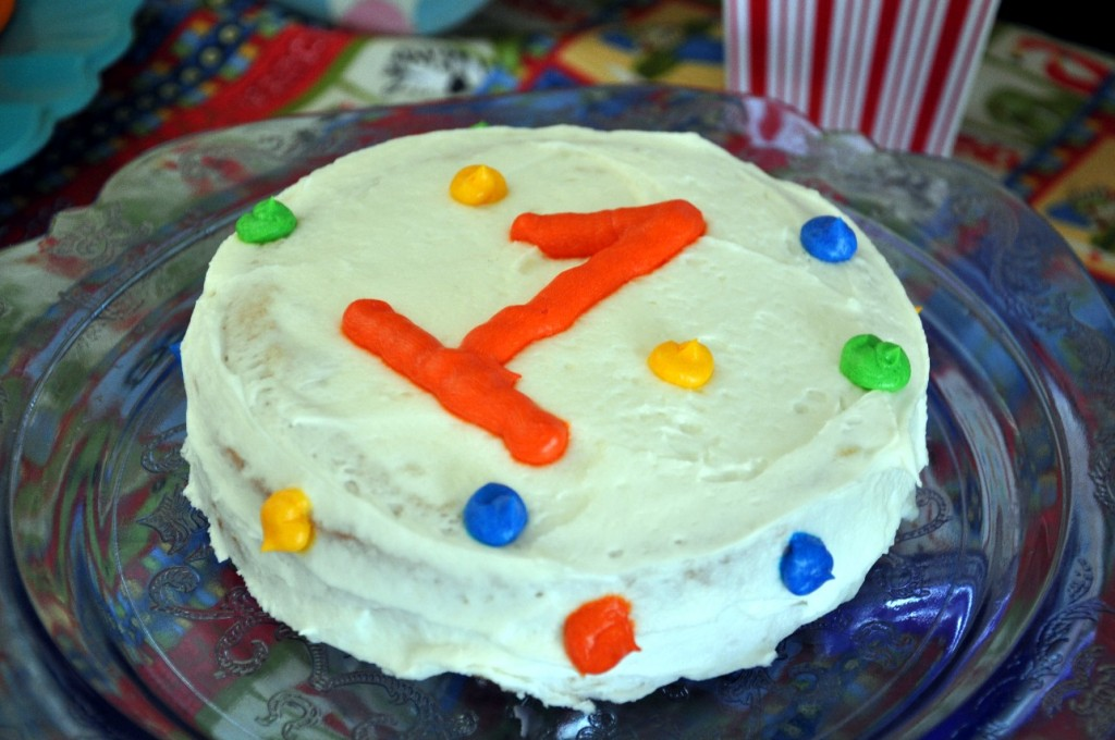 circus birthday party smash cake