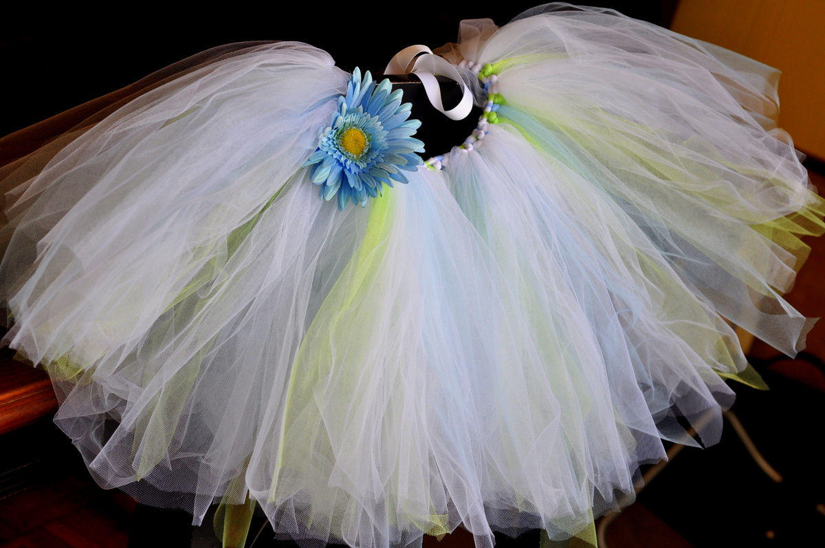 Easy no sew baby tutu tutorial the solutioingenieria Images