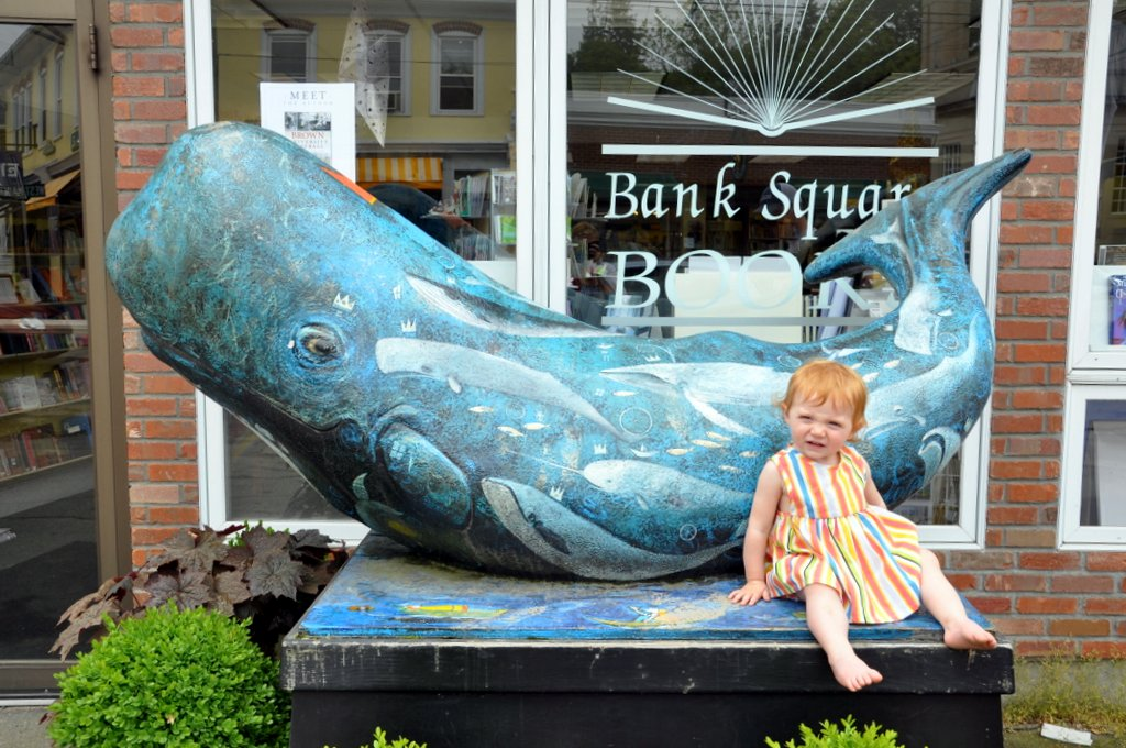 whale statue mystic connecticut