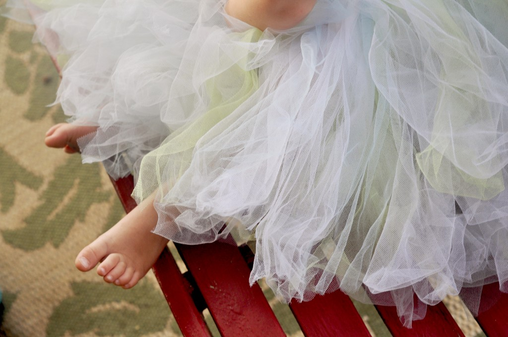 easy no-sew baby tutu tutorial