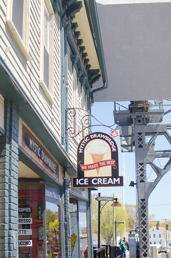 mystic drawbridge ice cream