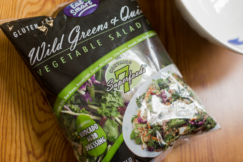 eat smart wild greens and quinoa salad kit