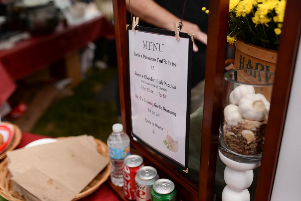 vintage market norwich car show mystic garlic festival-47