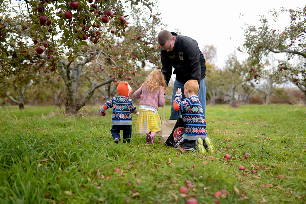 apple picking 2015-10