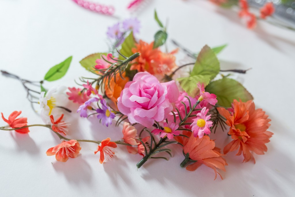 DIY bunny ears flower crown headband-4