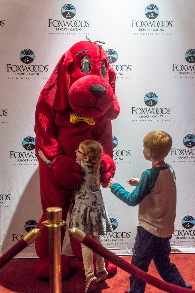 clifford the big red dog at fox theater